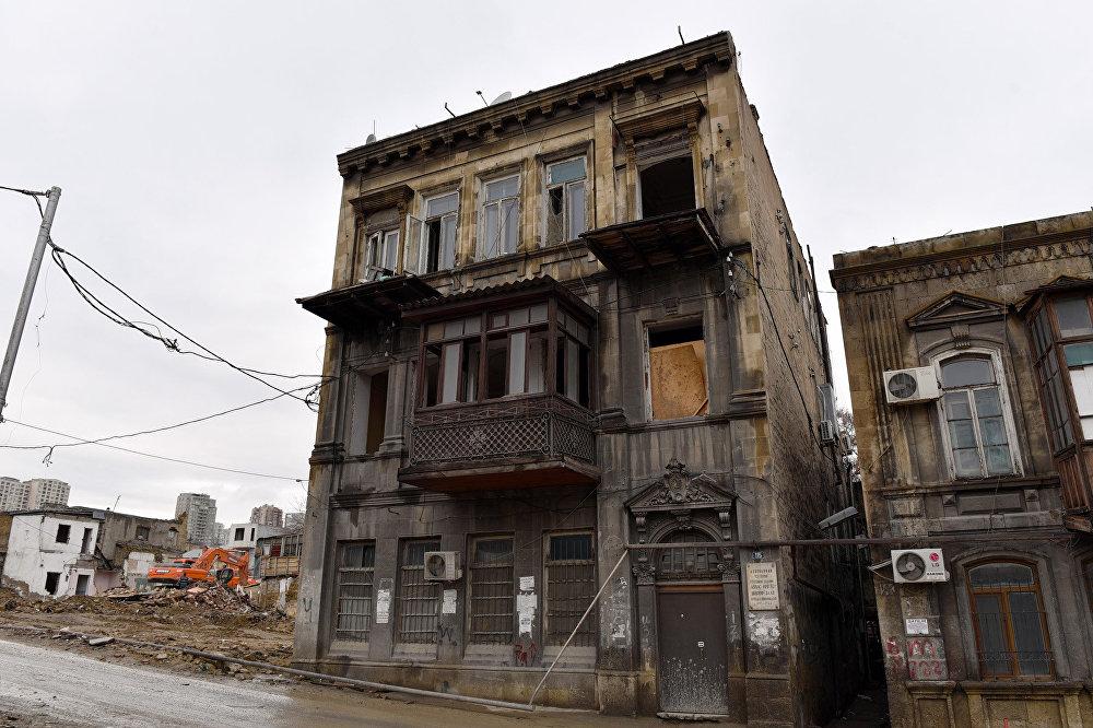 Дом, где жил актер Аббас Мирза Шарифзаде