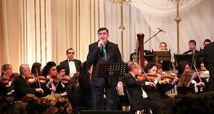 Əməkdar artist Cahangir Qurbanov Opera və Balet Teatrının səhnəsində