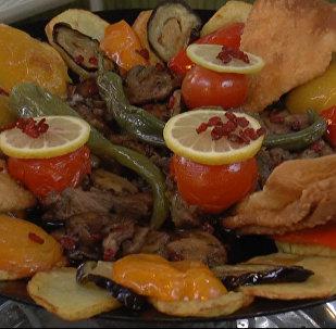 Блюдо, рожденное на огне: рецепт азербайджанского Саджичи