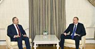 Президент Ильхам Алиев принял министра иностранных дел Турции Мевлюта Чавушоглу