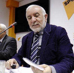 Эюб Гусейнов, председатель Общества свободных потребителей Азербайджана
