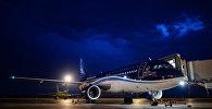 Самолет авиакомпании Azerbaijan Airlines, фото из архива