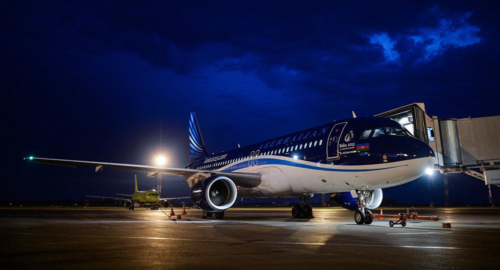 Самолет авиакомпании Azerbaijan Airlines. Архивное фото