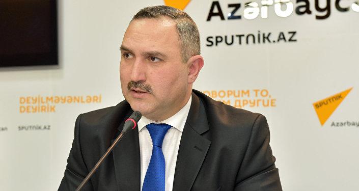 Dövlət Miqrasiya Xidməti (DMX) yanında İctimai Şuranın sədri Azər Allahverənov
