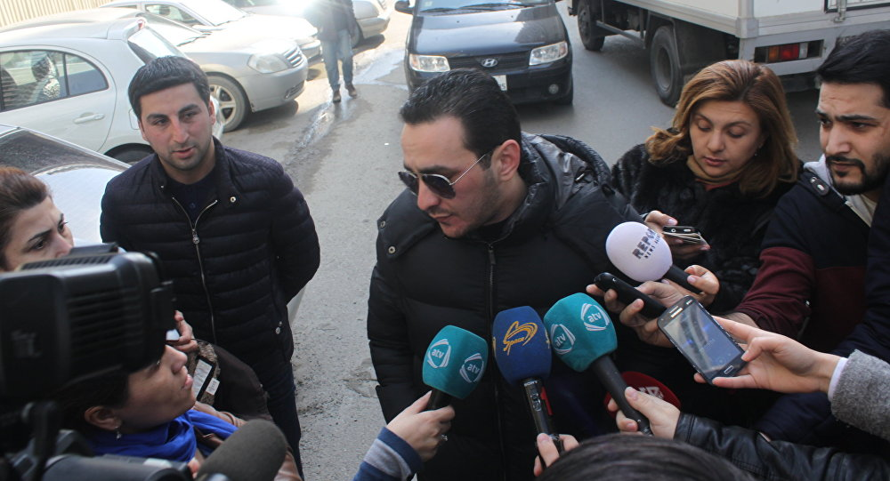 İlhamə Quliyevanın oğlu jurnalistlərə od püskürdü
