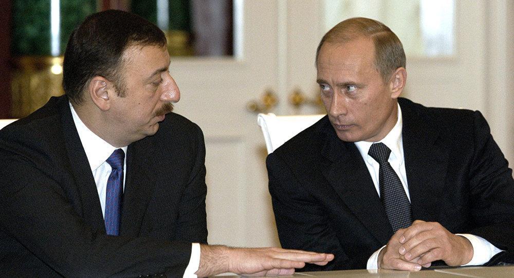 Владимир Путин и Ильхам Алиев. Архивное фото