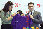 Ирана Ахмедова и Эльвин Пашаев на церемонии подписания  меморандума