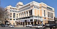 Здание Киноцентра Низами в Баку