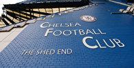 Логотип футбольного клуба Челси на стадионе. Архивное фото