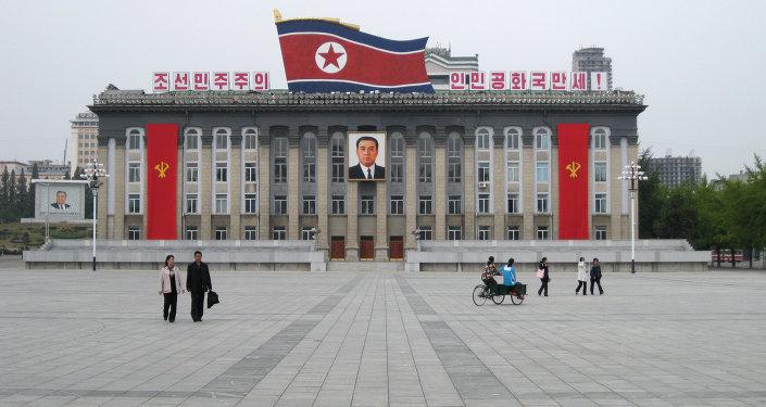 Центральная площадь Пхеньяна, фото из архива