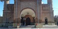 Джума мечеть в Газахе