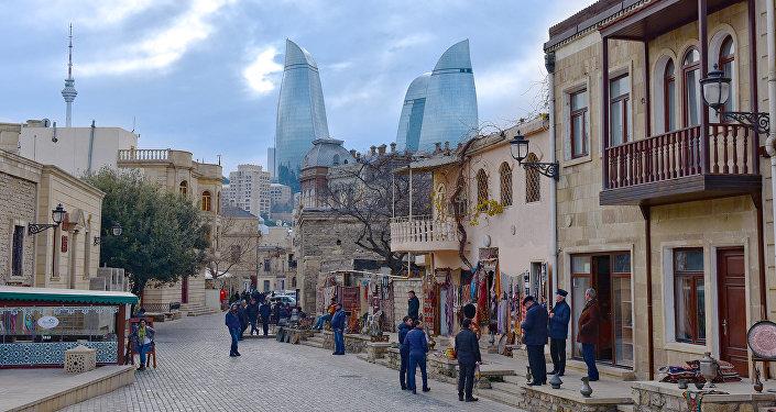 İçərişəhər Azərbaycana gələn turistlərin ən sevimli məkanlarından biridir