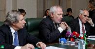 Сопредседатели Минской группы ОБСЕ — Джеймс Уорлик, Игорь Попов, Пьер Андрие (слева направо)