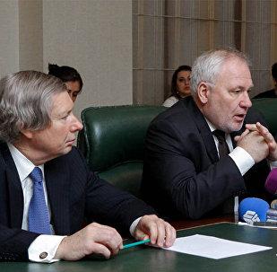 Minsk qrupu həmsədrləri – Ceyms Uorlik, İqor Popov və Pyer Andrie (soldan sağa)
