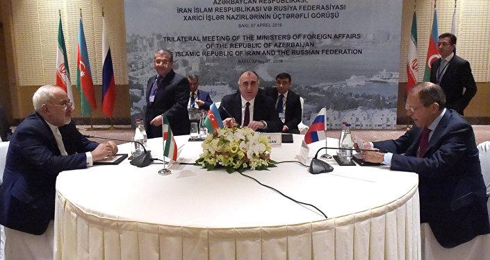 Azərbaycan, Rusiya və İran xarici işlər nazirlərinin Bakıda keçirilən görüşü