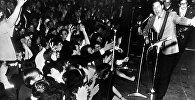 Билл Хейли, американский музыкант, певец и автор песен, один из первых исполнителей рок-н-ролла