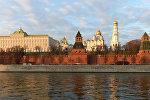 Вид на Московский кремль с Софийской набережной, фото из архива