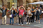 Turistlər. Arxiv şəkli