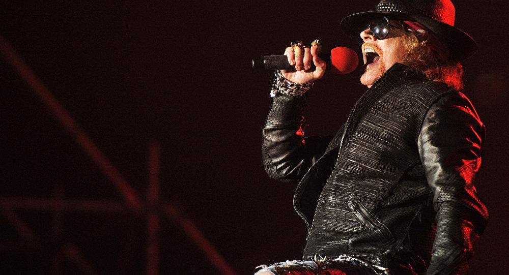Лидер американской рок-группы Guns N'Roses Эксл Роуз. Архивное
