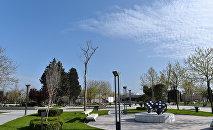 Солнечная погода в Баку. Архивное фото