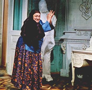 Nəsibə Zeynalova Qaynana filmində. 1978-ci il