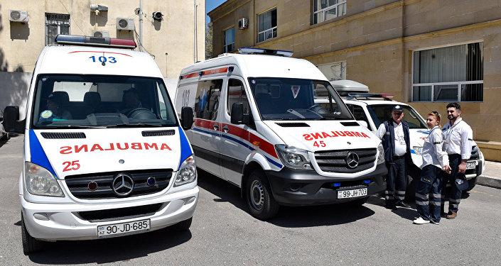 Кареты скорой помощи в Баку, фото из архива