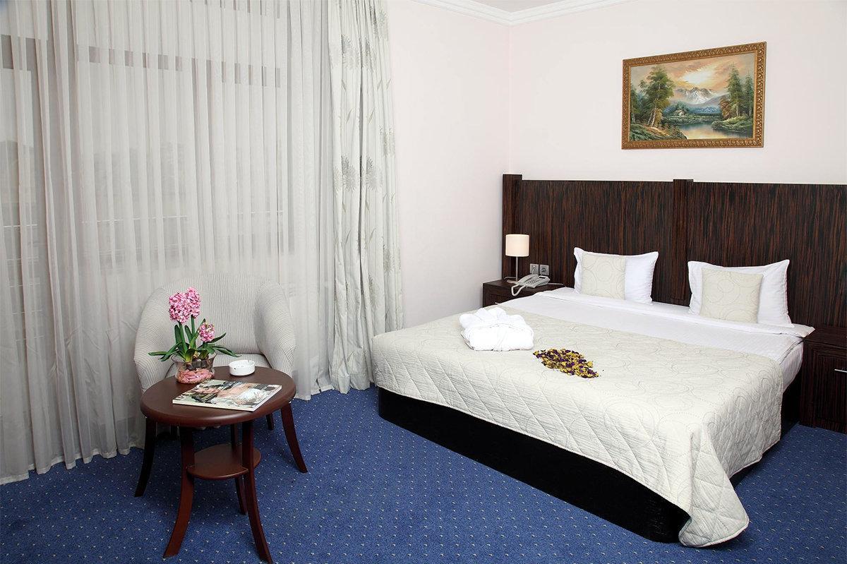 Anatolia Hotel Bakunun nömrələrindən biri