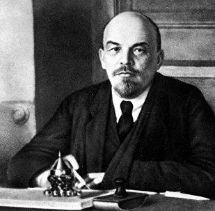 Владимир Ильич Ленин в 1918 году
