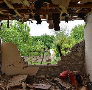 Ağdam rayonunda dağılmış evlər, arxiv şəkli