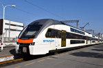 Поезд Stadler на бакинском железнодорожном вокзале