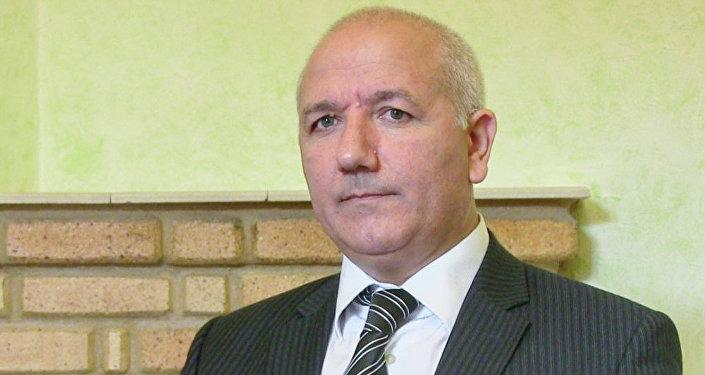 Azər Mehdiyev, iqtisadiyyat üzrə fəlsəfə doktoru