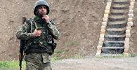 Солдат азербайджанской армии на боевом посту, архивное фото