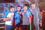 Zöhrab Əzimov (soldan ikinci) və Zurab Faroyan (soldan üçüncü)