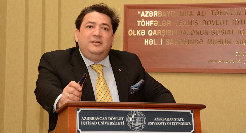 Доктор экономических наук, профессор UNEC Захид Мамедов