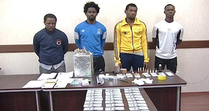 Члены задержанной преступной группировки