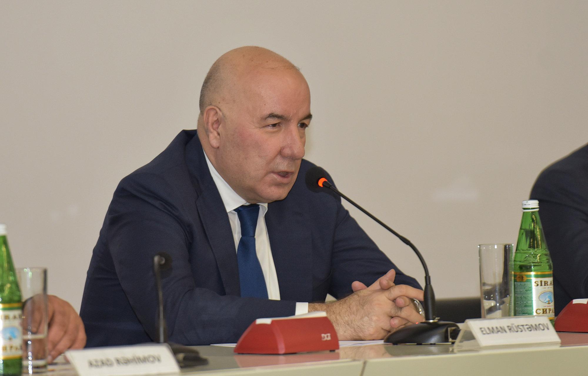 Elman Rüstəmoov, AR Mərkəzi Bankının sədri, Azərbaycan Şahmat Federasiyasının prezidenti