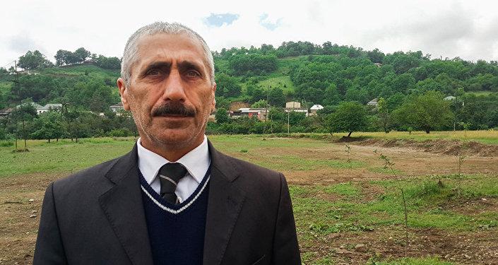 Kənd folklor evinin direktoru Xüzəmət Paşayev
