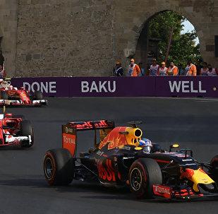 Red Bull Racing komandasının pilotu Daniil Kvyat