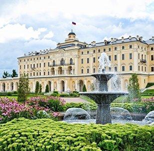 Государственный комплекс Дворец конгрессов (Константиновский дворец) в Санкт-Петербурге