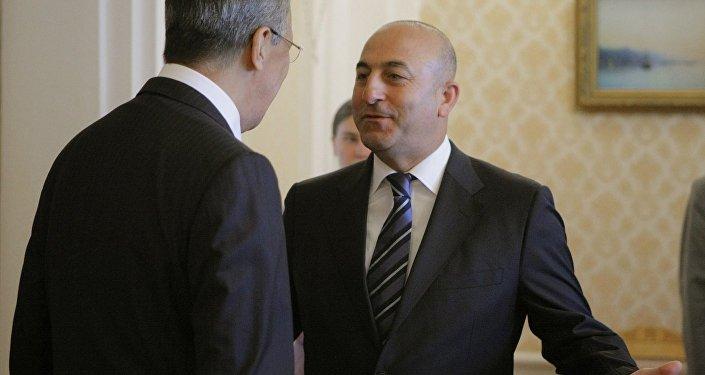 Rusiyanın xarici işlər naziri Sergey Lavrovla türkiyəli həmkarı Mövlud Çavuşoğlu