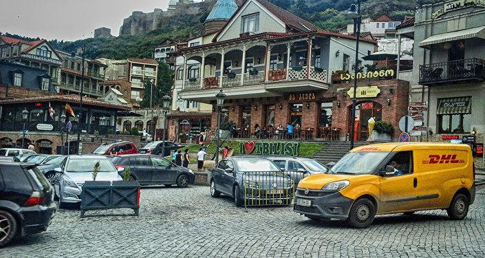 Tiflis şəhərinin mərkəzi meydanlarından biri