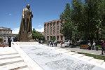 Памятник Гарегину Нжде в Ереване