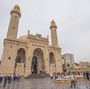 Мечеть Тезе Пир, где располагается Управление мусульман Кавказа