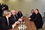 İlham Əliyevin Varşavada ATƏT-in Minsk qrupunun həmsədrləri ilə görüşü