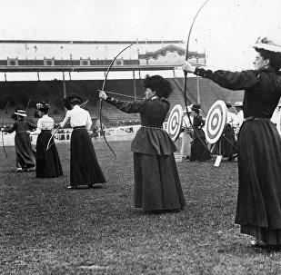 15 iyul 1908-ci il. Oxatan qadınlar 1908 London Olimpiadasında