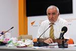 Azad İstehlakçılar Birliyinin (AİB) sədri Eyyub Hüseynov