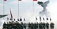 Türkiyə Hərbi Hava Məktəbinin məzunları. Arxiv şəkli
