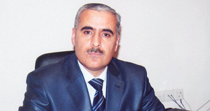 Vüqar Rəhimzadə, İki Sahil qəzetinin baş redaktoru