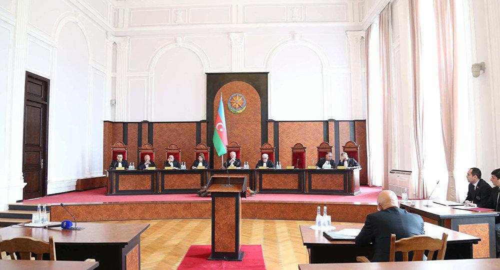 ВАзербайджане собираются отменить возрастной ценз для претендентов  впрезиденты