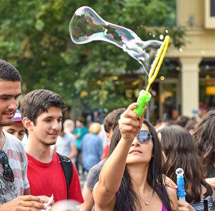 Флешмоб Мыльные пузыри в Баку